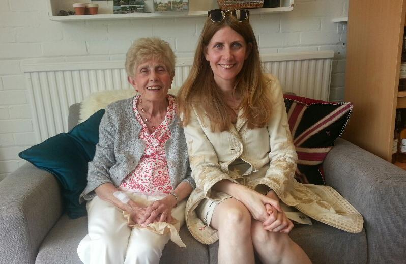 Alison Jane and her mother Dorothy