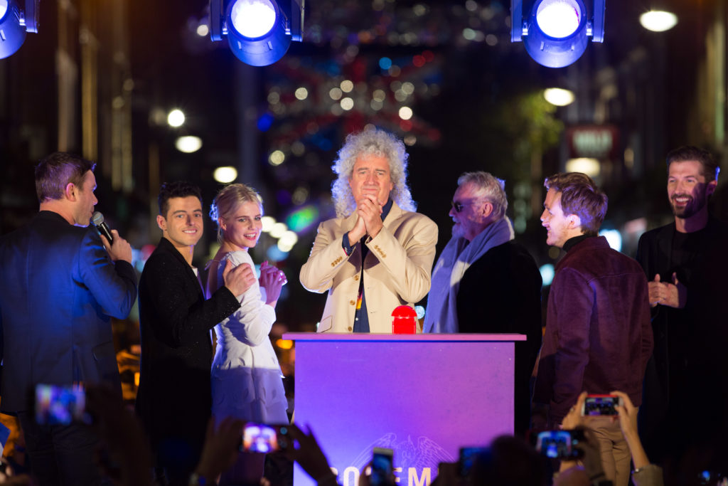 Brian May and Roger Taylor from Queen with the cast of Bohemian Rhapsody. Credit David Parry.PA Wire.