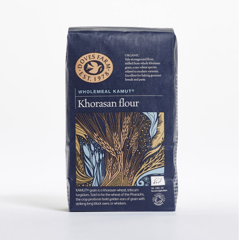 A bag of Organic Stoneground KAMUT Khorasan Wholemeal Flour from Doves Farm.