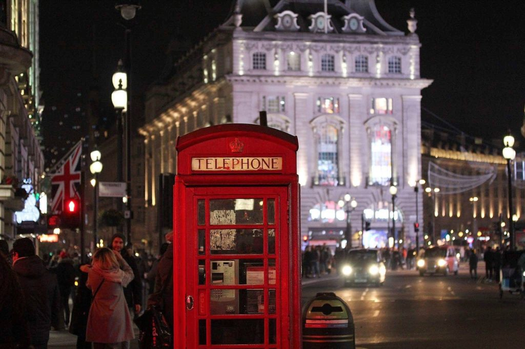 A winter's evening in Piccadilly Circus, London. Image by Maya Nabrowski from Pixabay.